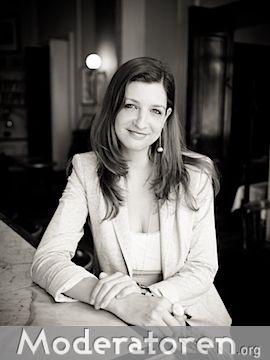 Messemoderatorin Jenny Viola Offen Moderatoren.org